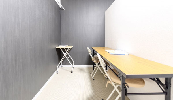 塾の自習室で勉強