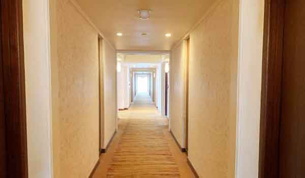 ホテル側に2人で泊まったのがばれたら!どうなる?
