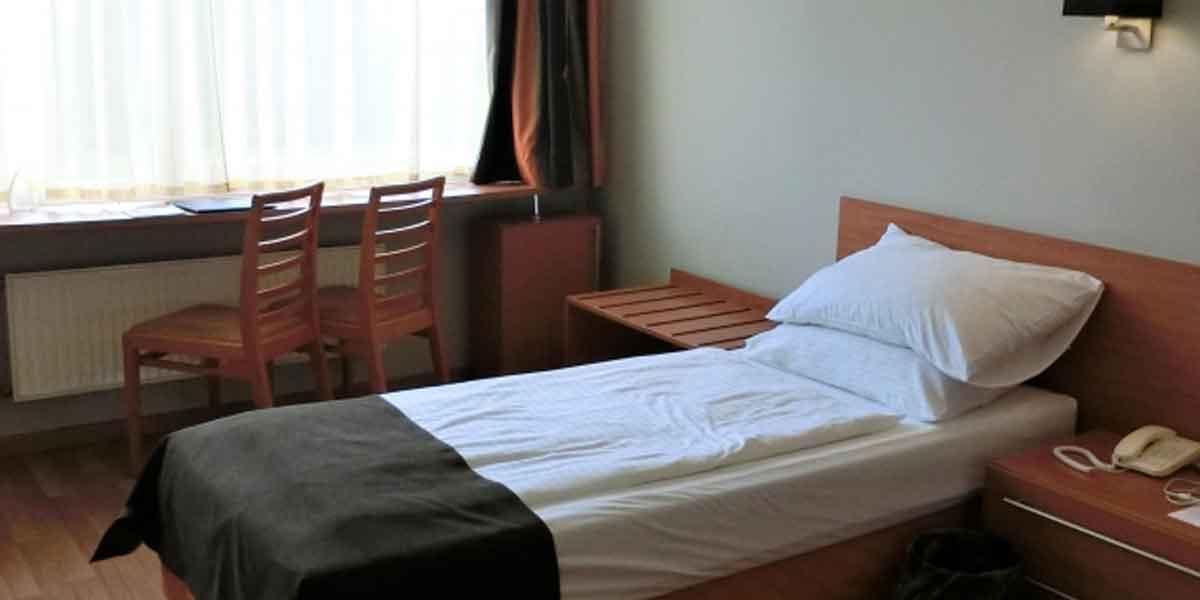 ホテルのシングルで2人泊まったらばれる?